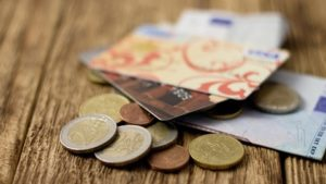 geld naar oekraine bank kosten
